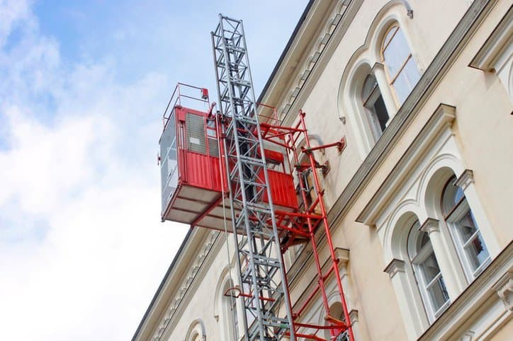 Energy Saving Temporary Construction Elevators Small Noise Steady Start / Stop